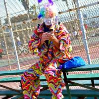 clown texting