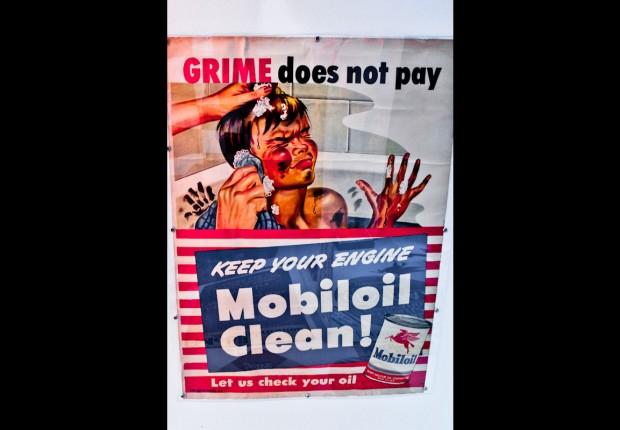 vintage mobil oil sign