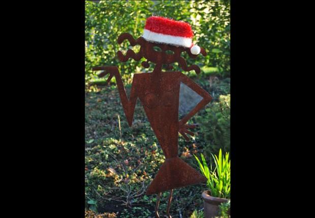 Sassy Santa Sculpture