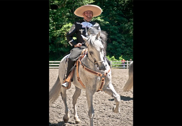 Ixtapa dancing horse