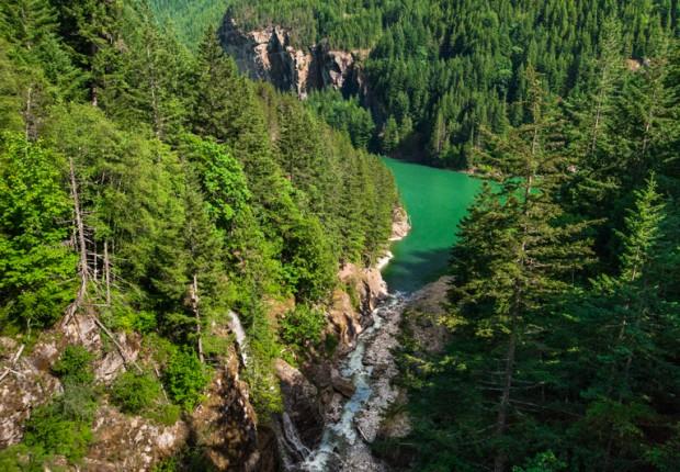 Gorge Lake