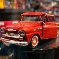 chevrolet truck diecast model