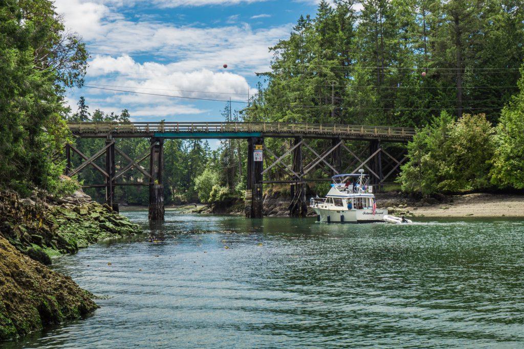 BC, boat, boating, bridge, british columbia pender island, old bridge, pender canal, pender canal bridge